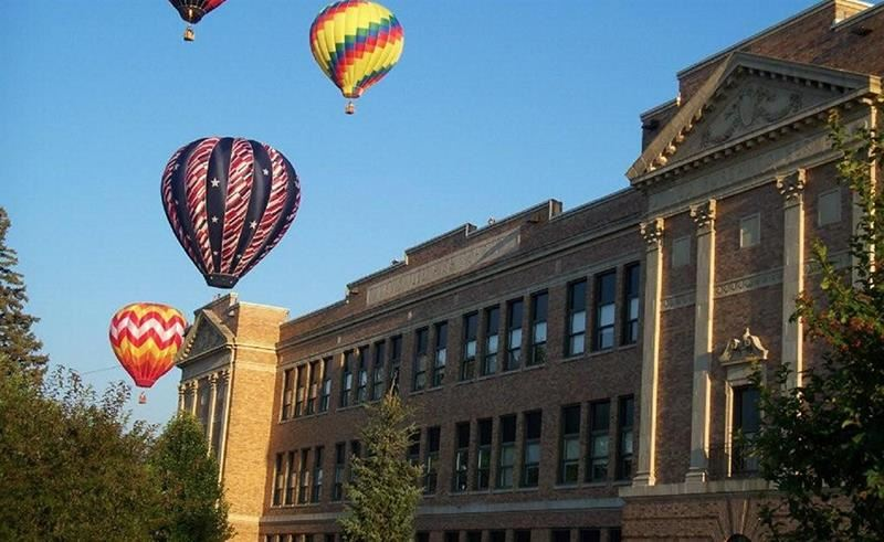 balloons over high school